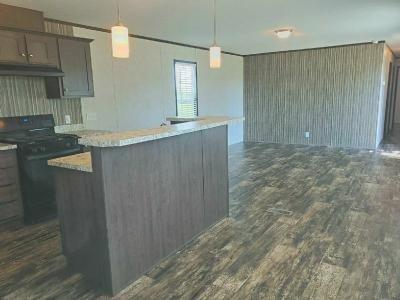 Mobile Home at 501 E 63rd Street N, #157 Park City, KS 67219