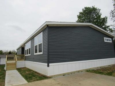 Mobile Home at 8705 Wallstreet Drive Indianapolis, IN 46234