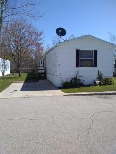 Mobile Home at 10340 Midland Rd Lot 29 Freeland, MI 48623