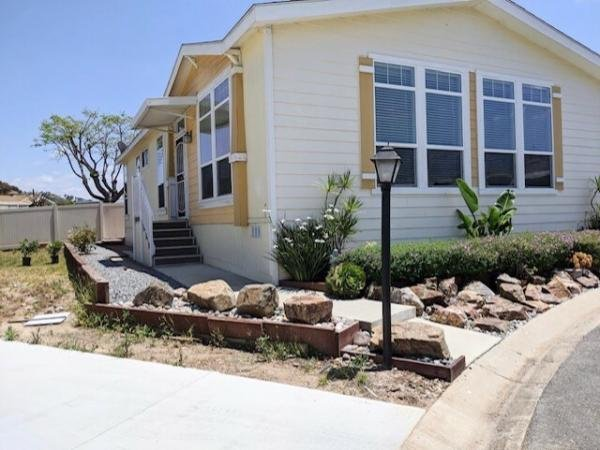 2014 Golden West Mobile Home For Rent