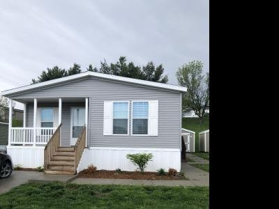 Mobile Home at 802 E County Line Rd, #318 Des Moines, IA 50320
