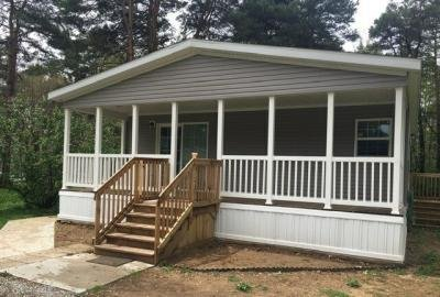 Mobile Home at 53255 Palmetto Dr. Middlebury, IN 46540