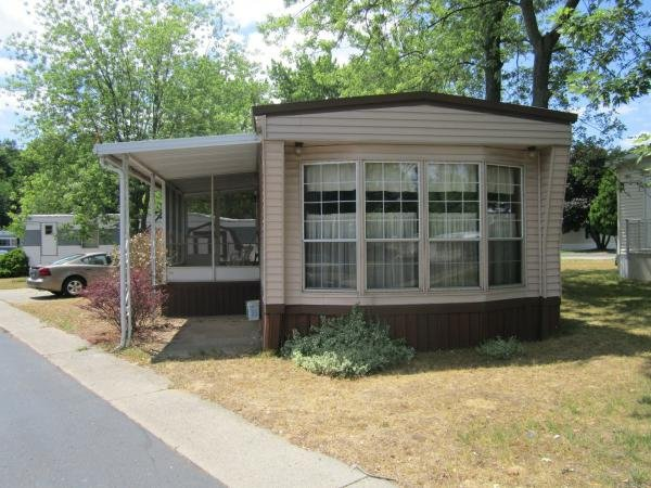 1983 Town House Mobile Home For Rent