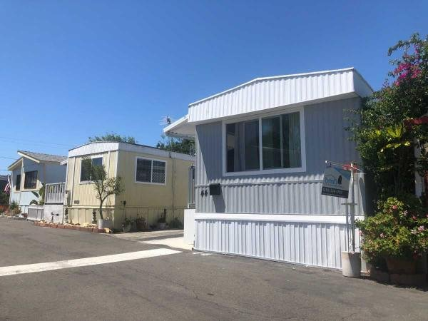 1981 PARAMOUNT Mobile Home