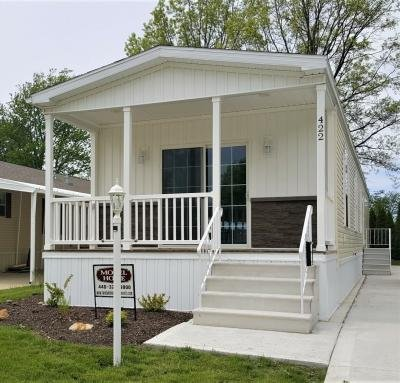 Mobile Home at 422 Pin Oak Circle Elyria, OH 44035
