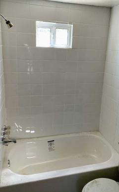 Ceramic shower-Tub walls