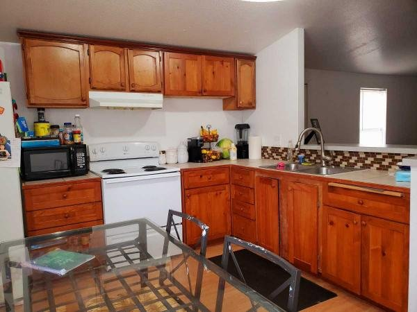 2000 GOLDEN WEST Mobile Home For Sale