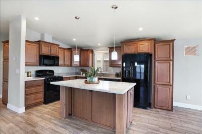 Mobile Home at 20652 Lassen Street Chatsworth, CA 91311