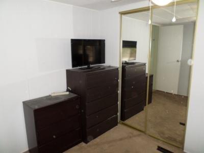 main bedroom closet