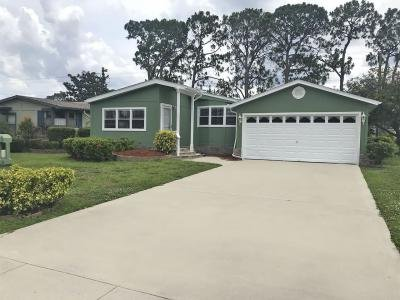 Mobile Home at 4039 Avenida Del Tura North Fort Myers, FL 33903