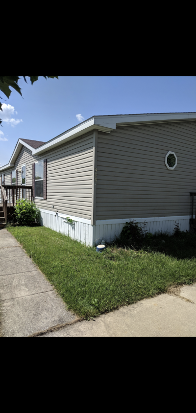 Mobile Home at 3364 s Huron rd Bay City, MI 48706