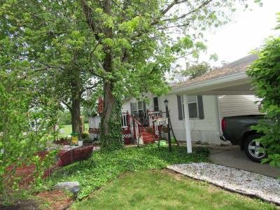 Mobile Home at 8908 Wallstreet Drive Indianapolis, IN 46234