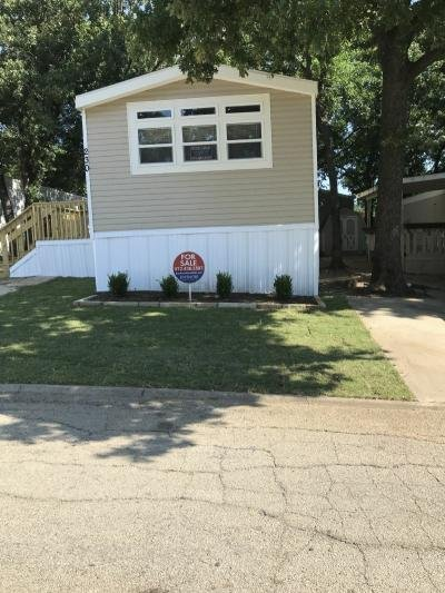 Mobile Home at 402 E HWY 121 #230 Lewisville, TX 75067