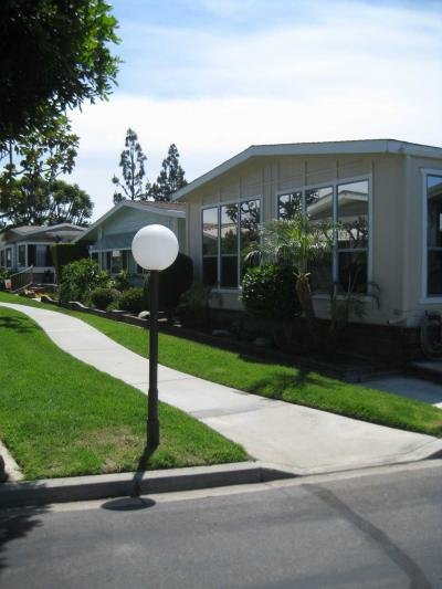 Mobile Home at 215 Clearlake Placentia, CA 92870