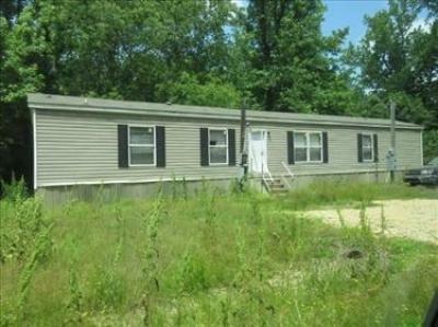 Mobile Home at 420 Daisy St Crossett, AR 71635