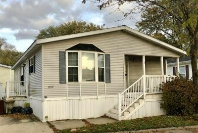 Mobile Home at 657 STERLING W. Justice, IL 60458