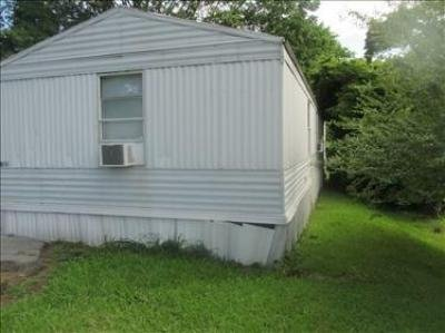 Mobile Home at 8336 OAK RIDGE HWY K22 Knoxville, TN 37931