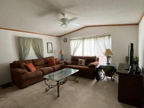 2005 American HomeStar Mobile Home For Sale