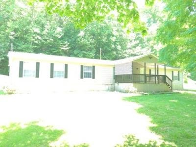 Mobile Home at 1225 EPLING HOLLOW R Ashford, WV 25009