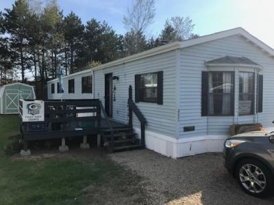 Mobile Home at 222 Teddington Ln Shawano, WI 54166