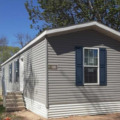 Mobile Home at 2442 Rice St 120 Little Canada, MN 55113