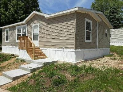 Mobile Home at 80 Hollywood Dr Madison, WI 53713