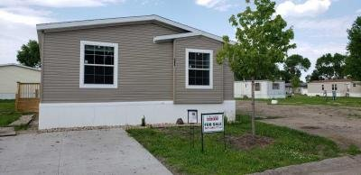 Mobile Home at 294 Kingsway Dr. North Mankato, MN 56003