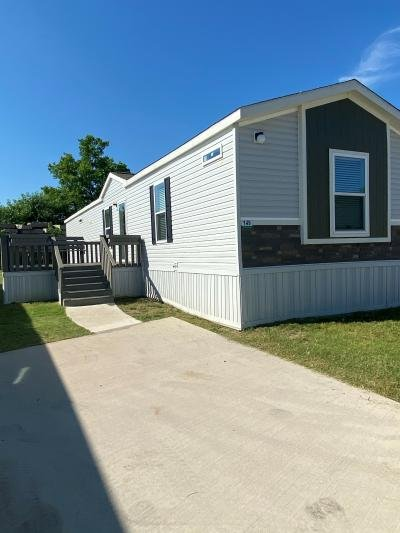 Mobile Home at 420 W Lawson Rd, Lot #149 Lot 4149 Dallas, TX 75253