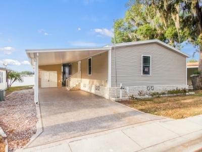 Mobile Home at 6061 Spring Lake Circle Zephyrhills, FL 33540
