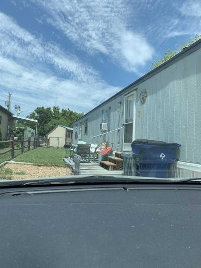 Mobile Home at 11700 E Waterman St Lot 204 Wichita, KS 67207