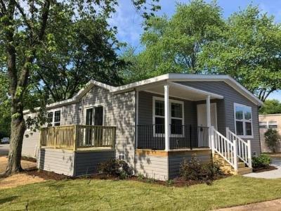 Mobile Home at 71 Parkwood Road Elgin, IL 60123