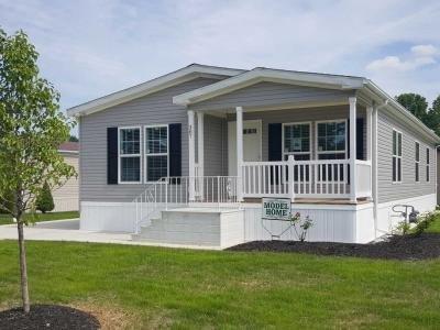 Mobile Home at 387 Pin Oak Circle Elyria, OH 44035