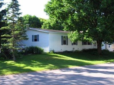 Mobile Home at 347 Morning Dove Grand Rapids, MI 49548