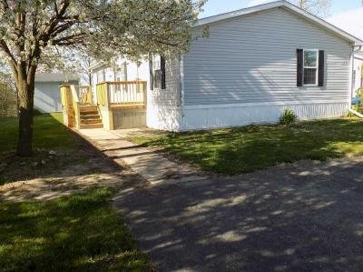 Mobile Home at 2351 N Timberview Newport, MI 48166