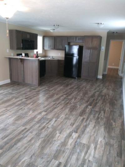 Mobile Home at 8804 Ne 106Th Pl Lot 115 Kansas City, MO 64157