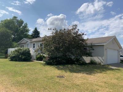 Mobile Home at 1105 Benton Crt Grass Lake, MI 49240
