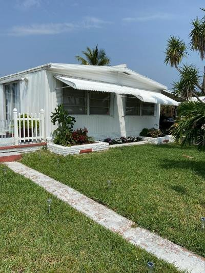Mobile Home at 6711 NW 45 Ave #r8 Coconut Creek, FL 33073