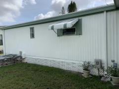 Photo 4 of 26 of home located at 5200 28th St  N Saint Petersburg, FL 33714