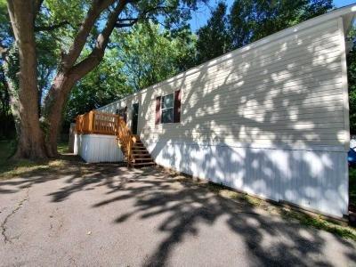 Mobile Home at 23 Greendale Saint Charles, MO 63301