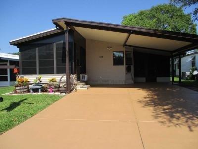 Mobile Home at 7426 Harbor View Drive Leesburg, FL 34788