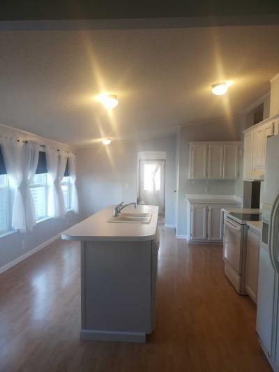 Mobile Home at 25398 Phoenix Court Flat Rock, MI 48134