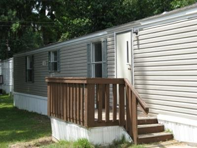 Mobile Home at 504 Nan Way Huntsville, TX 77340