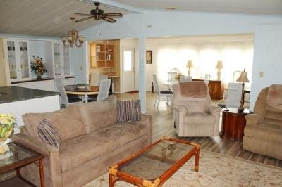 Mobile Home at 13 Rapine Court Fort Myers, FL 33912