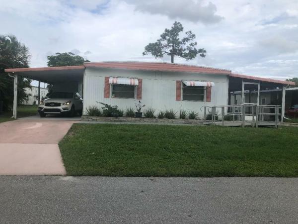 Photo 1 of 2 of home located at 6128 N Joshua Ln Lantana, FL 33462