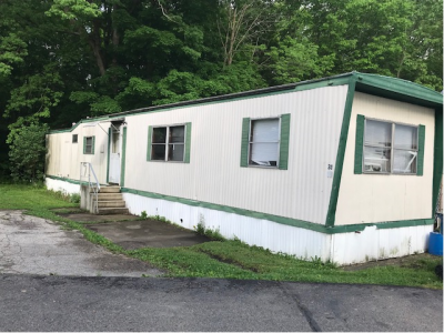 Mobile Home at 31 Kings Dr. SW Warren, OH 44481