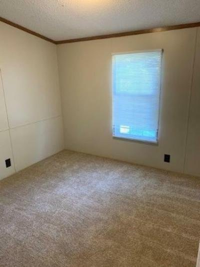 Mobile Home at 9095 N FARM ROAD 169 Springfield, MO 65803