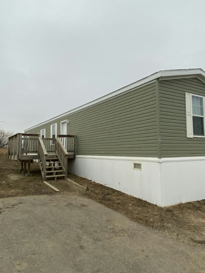 Mobile Home at 5112 16Th Ave. West, #35 Williston, ND 58801