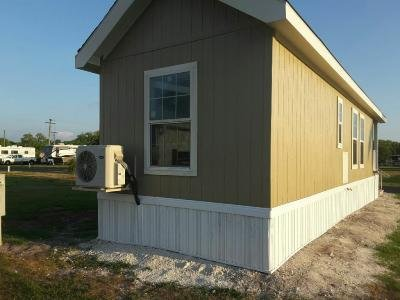 Mobile Home at 464 Rosewood Drive Sw Labelle, FL 33935