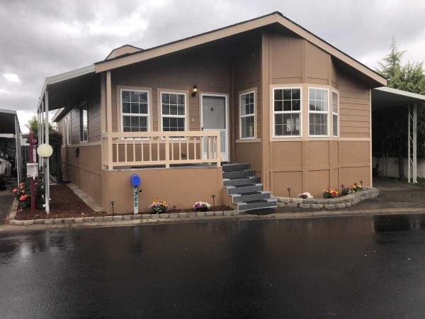 2000  Mobile Home For Rent