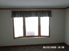 Front bow bay window